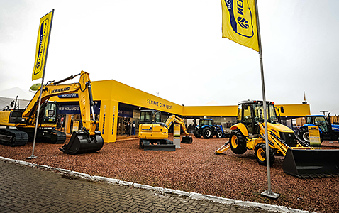 new_holland_expointer2016.jpg